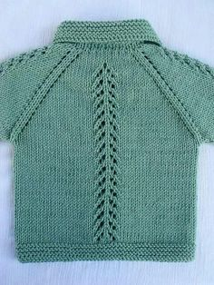"""Çeket """"Discover thousands of images about valdomira pereira"""" Baby Boy Knitting, Knitting For Kids, Baby Knitting Patterns, Free Knitting, Knit Baby Dress, Knitted Baby Cardigan, Knit Baby Sweaters, Red Cardigan, Crochet Baby"""