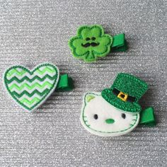 No shenanigans!! Get your green at our FLASH SALE on our St Paddy's Day Collection!! $2.75/1 or any pair/pick your own pair for $5!!! These hair clips hold well on all different hair types with the addition of nonslip grip at your request, (free of course!!) #newetsyshop #makersvillage #flashsale #felthairclip #green #stpatricksday #etsy #etsybaby #etsygirl #toddler #hairaccessories #handmade #funfashion #girlshairaccessories