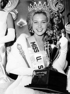 "Marite Ozers (Illinois) was Miss USA 1963. Her height is 5'6"" (176 cm)."