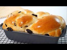 Soft And Fluffy Raisin Bread Easy Recipe - YouTube Braided Bread, Bread Bun, Bread Cake, Brioche Bread, Best Bread Recipe, Easy Bread Recipes, Cooking Recipes, Carrot Recipes, Cinnamon Raisin Bread