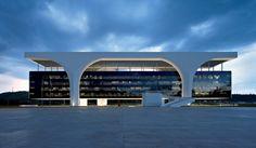Palácio Tiradentes : Cidade Administrativa de Minas Gerais | Oscar Niemeyer | OpenBuildings