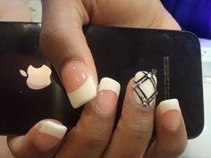 Diamond Line Nails  OMG! This is really gorgeous!
