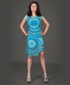conjunto de vestido de topo y falda de ganchillo.  Blue crochet dress