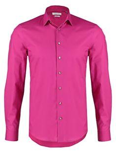 Kostuums & stropdassen CK Calvin Klein BARI SLIM FIT - Zakelijk overhemd - pink Roze: € 69,95 Bij Zalando (op 11-5-16). Gratis bezorging & retournering, snelle levering en veilig betalen!