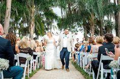 Tropical Paradise Cove Wedding, Photo: SO Photography, Orange Blossom Bride, Orlando Wedding, www.orangeblossombride.com