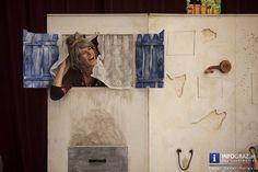 Die Gruppe #Handmaids Berlin bringt mit dem '#Räuber #Hotzenplotz' einen Klassiker auf die Bühnen im Rahmen von LA STRADA #Graz. Bei ihrem Kampf um Gerechtigkeit und Wiedergutmachung lässt sich die resolute #Großmutter vom jungen Grazer Publikum tatkräftig unterstützen – kein Kunststück, denn Dramaturgie und schauspielerischer Einsatz der Akteure begeistern nicht nur das Jungvolk sondern auch die begleitenden Erwachsenen… #GruppeHandmaidsBerlin #RäuberHotzenplotz #jungesGrazerPublikum… Berlin, Events, Gallery, Painting, Graz, Acting, Group, Boys, Frame