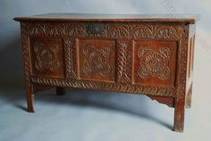 Late 17thc/early 18thc Carved Oak Coffer - Antiques Atlas