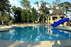 A wide variety of shapes and sizes, from traditional to modern style, we will design any pool design that add personality and style to your home. Join us now!