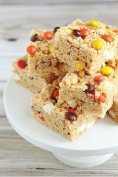 ... | Rice krispies treats, Rice krispies and Rice krispie treats