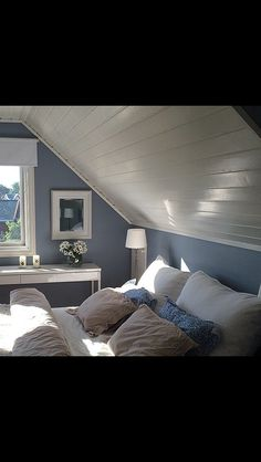 Classy Bedroom Wall Decor Ideas to Style Up Your Space - The Trending House Dormer Bedroom, Attic Master Bedroom, Attic Bedroom Designs, Attic Bedrooms, Upstairs Bedroom, Bedroom Loft, Blue Bedroom, Bedroom Decor, Cape Cod Bedroom