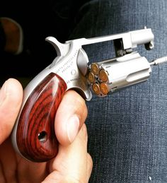 #northamericanarms Sidewinder .22 Magnum. Small but still packs a punch. Wouldn't want to get 'bit' by one of those Hornady hollow points. #edc #revolver #22magnum #pewpew #edc dump #edcdaily #concealcarrynation #9mm #concealcarry #gunsdaily #weaponsdaily #everydaycarry #2ndamendment #gun #handgun #sickguns by steven_fitlife