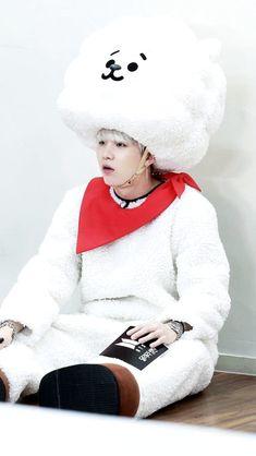 Min Yoongi bts run eps 43 (◍