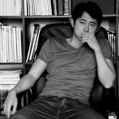 Steven Yeun [Glenn Rhee in The Walking Dead series] ok guys put out the fire bc its smoking hot in here wait never mind thats just steven yeun my futer husband! _ wise words of Shayla Little Glenn The Walking Dead, The Walk Dead, Steven Yeun, Glenn Rhee, Twd Glenn, Dead Inside, Daryl Dixon, Attractive Men, Norman Reedus