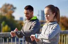 We are constantly bombarded with fast and furious data from our fitness apps. What is the best way to use this data to improve our health? Fitness trackers can Best Fitness Tracker, Sport Fitness, You Fitness, Fitness Tips, Fitness Plan, 10000 Steps A Day, Fitbit, Healthy Man, Healthy Living