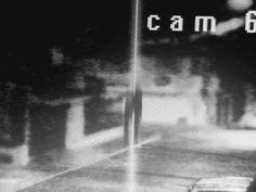 Impactante video de una aparente abducción extraterrestre captada por una cámara de seguridad. El video fue enviado por Adalberto Hernandez y fue grabado el ...
