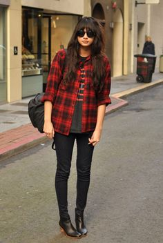 boots+shirt+black