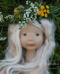 Waldorf Toys, Doll Costume, Hello Dolly, Diy Doll, Fabric Dolls, Beautiful Dolls, Fiber Art, Art Dolls, Doll Clothes