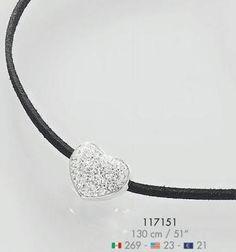 Collar Kercor: Elegante collar elaborado en caucho con detalle en forma de corazon con piedras bañado en rodio. Largo de 130 cm.// Codigo: 117151 // $ 269.00 MX // Para pedidos en linea: https://mitiendanice.com.mx/EvelynArteaga //   #ClippedOnIssuu from Catálogo NICE // Colección 117