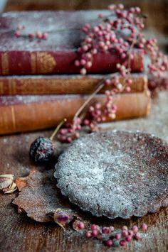 Chocolate tart with cinnamon custard