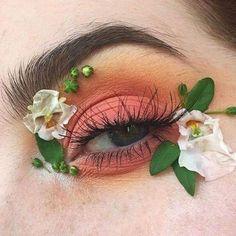 Eyeshadow - Choosing The Right Make Up To Be Beautiful ** Check out the image by visiting the link. Makeup Goals, Makeup Inspo, Makeup Art, Makeup Tips, Makeup Ideas, Makeup Themes, Cute Makeup, Pretty Makeup, Art Visage