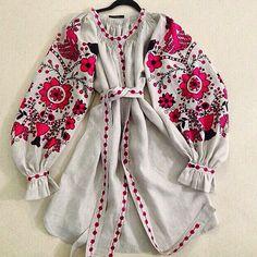 May 19 - Vyshyvanka (Embroidery) Day! by Olena Panasyuk on Etsy Flannel Fashion, Folk Fashion, Ethnic Fashion, Couture Fashion, Moda Rural, Moda Popular, Ukrainian Dress, Estilo Hippy, Ethno Style