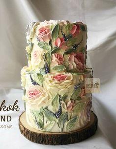 Trendy Cake Decorating Buttercream Flowers Floral Cupcakes Ideas – Famous Last Words Gorgeous Cakes, Pretty Cakes, Amazing Cakes, Floral Cupcakes, Floral Cake, Floral Flowers, Buttercream Flowers, Buttercream Cake, Unique Cakes