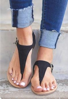 Hello Loves ❤️ Summer Stitch Fix Style Trends. June 2017 inspiration. Gorgeous black sandals. Stitch Fix is a clothing subscription for men and women. New to Stitch Fix? Click pin to sign up. #Stitchfix #Sponsored
