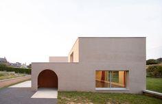 Boidot & Robin architects - community hall