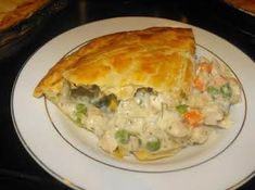 The BEST Chicken Pot Pie Ever! The BEST Chicken Pot Pie Ever! Used a rotisserie chicken, mixed veggies with carrots, onions and celery. Used heavy cream instead of half and half. 10 inch cast iron skillet which I preheated for about 10 minutes. Worlds Best Chicken, Best Chicken Pot Pie, Chicken Recipes, Chicken Pot Pie Recipe Pioneer Woman, Chicken Pot Pie Casserole, Hamburger Casserole, Cheesy Chicken, Chicken Pot Pie Recipe With Cream Of Mushroom Soup, Southern Food