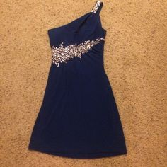 Royal blue Cocktail dress Beautiful dress. No missing beads. Just deodorant stain on inside. Not noticeable. Can be washed. Open back Dresses