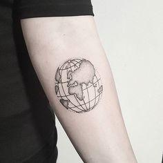 🌎 Globe tattoo by terryemi World Globe Tattoos, Globus Tattoos, Erde Tattoo, Tattoo Inspiration, Tattoos For Guys, Tatoos, Body Art, Tattoo Designs, Photo And Video