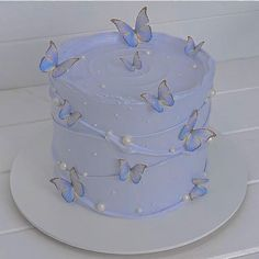 14th Birthday Cakes, Butterfly Birthday Cakes, Pretty Birthday Cakes, Butterfly Cakes, Pretty Cakes, Simple Cake Designs, Pastel Cakes, Crazy Cakes, Cute Desserts