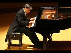Brahms - Rhapsody in B minor, Op. 79/1  (Murray Perahia)