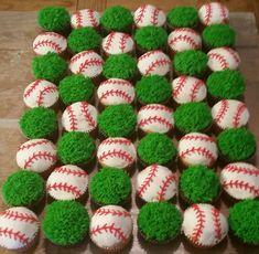 Baseball Cupcakes #BaseballBoys