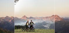 Hotel Tauernhof in Flachau, das führende Bikehotel Salzburgs, erweitert ab kommenden Sommer 2018 den E-Bike-Fuhrpark maßgeblich. 20 E-Bikes, jeweils zehn im hoteleigenen Focus Bike Testcenter und zehn im Verleih des E-Bike-Hotels in Österreich zur Verfügung.  E-Biken ist weiter im Trend. Nicht wegen dem gesundheitlichen Aspekt: Inzwischen ist allgemein bekannt, dass die Salzburg, Bike Hotel, Hotels, Mountains, Nature, Travel, Renting, Naturaleza, Viajes