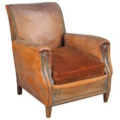 Couch Furniture, Accent Furniture, Furniture Ideas, Velvet Cushions, Chair Cushions, Rocking Chair Pads, Office Chair Cushion, Leather Club Chairs, Old Chairs