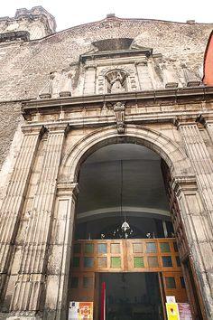 Estudios revelan traslado de la fachada de la antigua Catedral de México