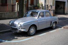 Renault Ondine 1962 ✏✏✏✏✏✏✏✏✏✏✏✏✏✏✏✏ IDEE CADEAU / CUTE GIFT IDEA  ☞ http://gabyfeeriefr.tumblr.com/archive ✏✏✏✏✏✏✏✏✏✏✏✏✏✏✏✏