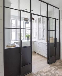 Home Interior Salas Classic black & white kitchen. Design by by . Door And Window Design, Farmhouse Interior Design, Modern Farmhouse Interior Design, Kitchen Inspiration Design, Modern Farmhouse Interiors, Modern Interior Design, Home Decor, Pantry Design, Farmhouse Interior