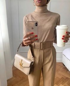 Ready for the day, coffee needed Outfits Casual, Mode Outfits, Classy Outfits, Beautiful Outfits, Fashion Outfits, Fashion Trends, Fashionista Trends, Girly Outfits, Fashion Clothes