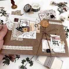 Mail Art Envelopes, Snail Mail Pen Pals, Envelope Lettering, Pen Pal Letters, Handwritten Letters, Happy Mail, Smash Book, Junk Journal, Stickers