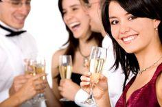 25% off for Entertainment/Hospitality Industry BeWellTV community member http://teethwhiteningbypearl.com