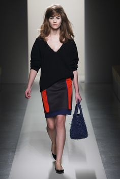 Bottega Veneta Pre-Fall 2011 Fashion Show - Julija Steponaviciute