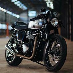 Cafe Bike, Cafe Racer Bikes, Cafe Racer Motorcycle, Triumph Cafe Racer, Triumph Motorcycles, Thruxton Triumph, Street Scrambler, Street Tracker, Moto Style