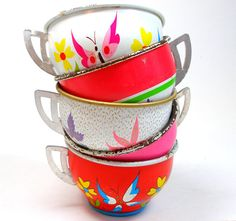 50s Tin Toy Tea cups BUTTERFLY graphics on 5 by OldeTymeNotions, $38.00