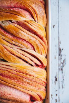 Hint of Vanilla: Raspberry Swirl Brioche Brioche Recipe, Brioche Bread, Strudel, Braided Bread, Cocinas Kitchen, Bread And Pastries, Artisan Bread, Biscuits, Sweet Bread