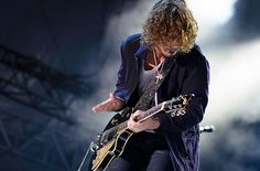Soundgarden's Крис Корнелл и Zac Brown Band сыграли на «SNL»