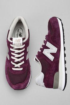 Passez chez New Balance pour vous procurer une paire de nouveaux kicks!