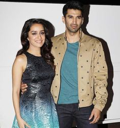 Their next pit stop is The Kapil Sharma Show! #OkJannu #Promotions #Bollywood http://www.glamoursaga.com/shraddha-kapoor-and-aditya-roy-kapur-look-cute-af-while-promoting-their-film-ok-jaanu/