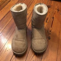 GREAT CONDITION CLASSIC SHORT SAND UGGS Great condition, no defects, fur is still fuzzy on the ankle, slightly flat under the foot from wearing a few times, but still pretty fuzzy! Price is firm!! No trades. UGG Shoes Winter & Rain Boots